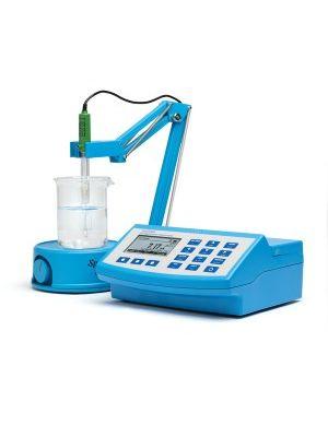 HI83325 Nutrient Analysis Photometer and pH Meter